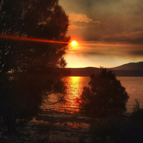 I See Rain (Remix) - For the Victims and Volunteers involved in the Tasmanian Bushfires Jan 2013