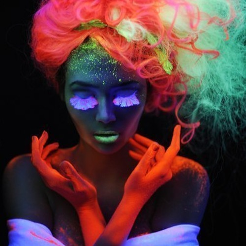 Neon Taylor - :::Love:IntoXication:::  Prod. by ninediamond