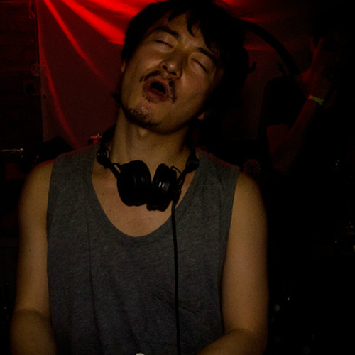 TOMOKI TAMURA MIX SHOW 002 / LIVE DJ from London secret location,11 2012 UK