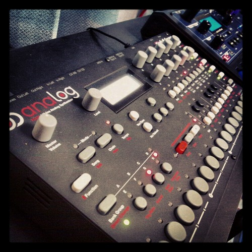 130112-1 A4 -Live mix- : Analog Four