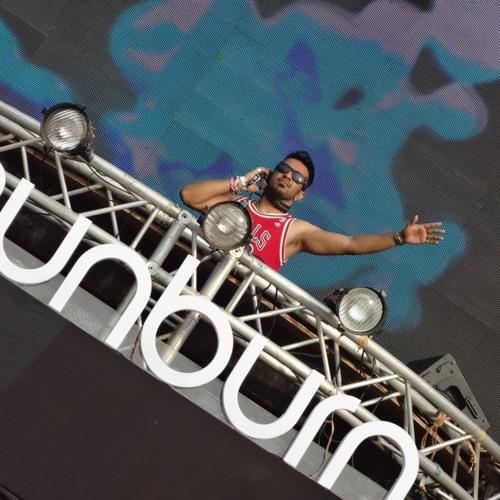 Aneesh Gera LIVE @ SUNBURN FESTIVAL 2012 > * FREE DOWNLOAD *