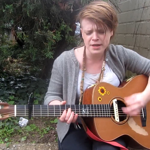 Wallis Bird - I Am So Tired Of That Line (Unplugged)