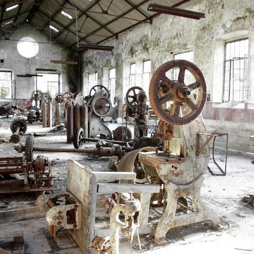 El Bosco - Forgotten machinery (created in November 1999)