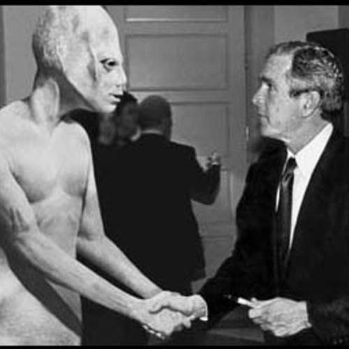 Silvrown - Meeting Aliens