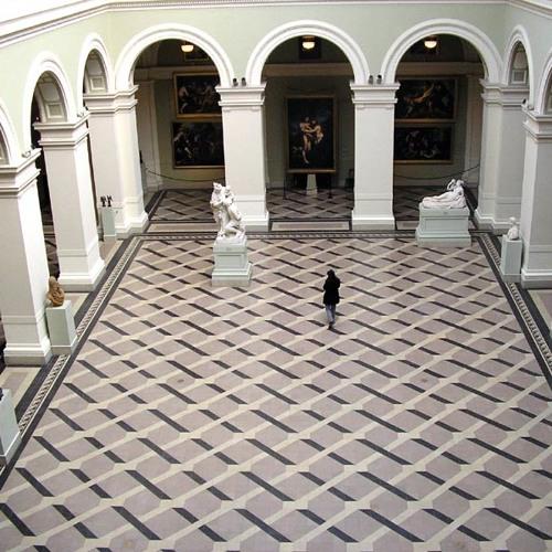 Monika Jankowiak, St. Louis Art Museum Conservator