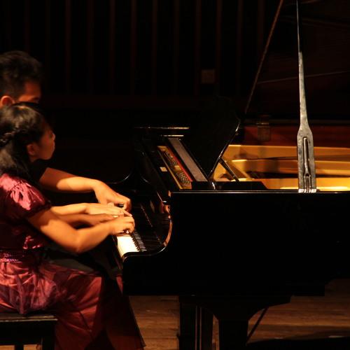 Liebesträume : dREAM About Love - Franz Liszt Solo Piano by @airinaditya