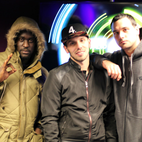 Mosca's freestyle session with Little Dee & Blacks