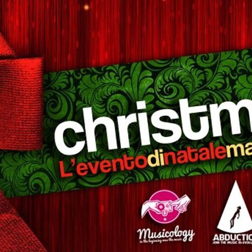 Dj Redo@ SHINE Natale 2012   ABDUCTION & MUSICOLOGY part 1