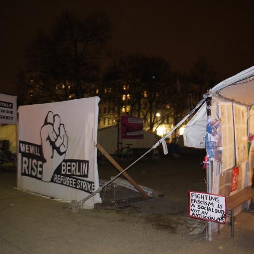 1.Teil Theaterspatz @ Refugee Camp Berlin