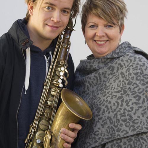 04 FAMILY & TEACHERS - Marius talks about his family and teachers and how they influenced him musically