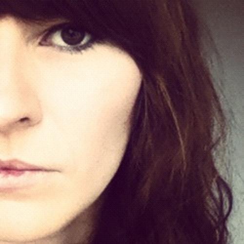 Olivia Broadfield - Call Me