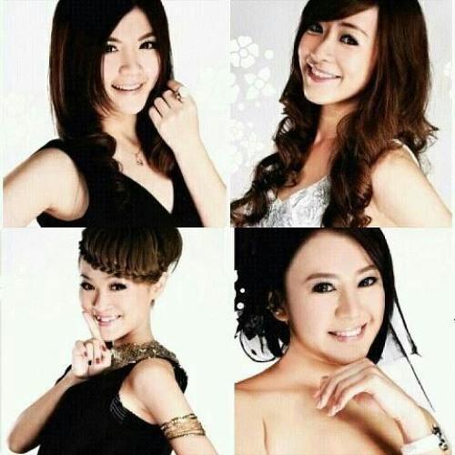 四个女生 - 团聚