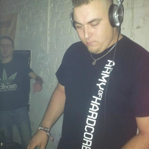PITCHCOMMADER (GER) ON TOXIC SICKNESS RADIO | GABBER SET | SHOW #12 | 28TH JANUARY 2013