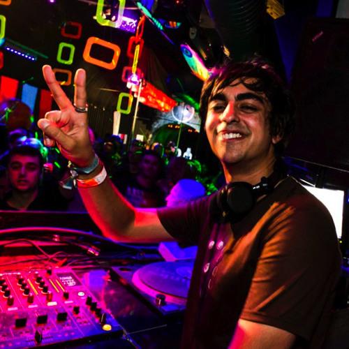 [DJ SET]***NEILL MOORE - Full Moon Party***