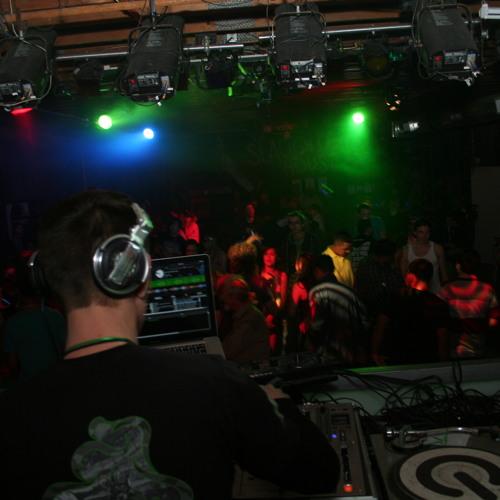 DJ Danceboy - Stutter (Original)