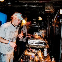 Chicago Loop vs Dave The Drummer - 4 decks- MS Stubnitz - Techno