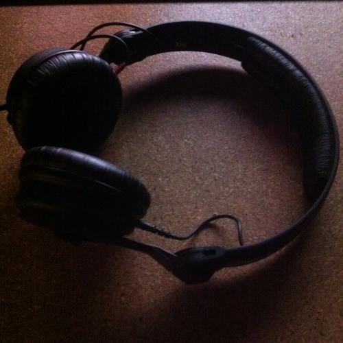 Noclu - Headphones