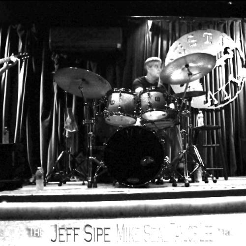 "Jeff Sipe,Mike Seal & Taylor Lee play ""Oleo"""