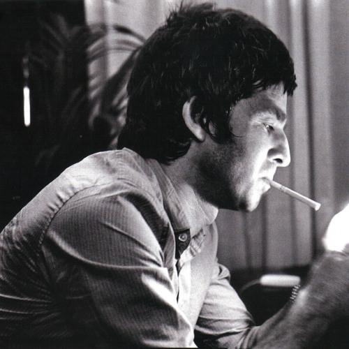 Noel Gallagher - Wonderwall (Acoustic)