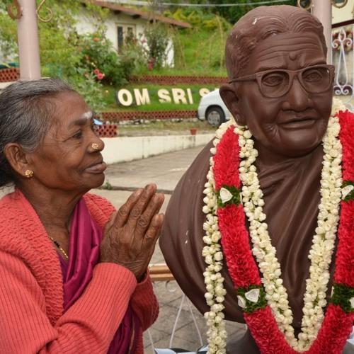 Sathya Sai Bhajan: Dhanyaho Eswaramba by saibhajanbliss