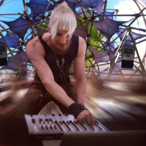 Ulrich Maximilian - Monday morning at Rainbow Serpent Festival