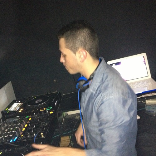 Victor Dourado - February 2013 (DJ Set) @ Martin Armas & Friends