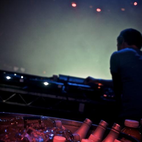 Paolo Mojo - January/February 2013 DJ Promo Mix (Live @ Avalon, Los Angeles)