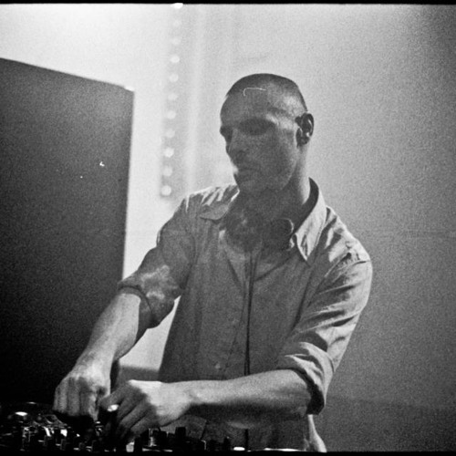 Malbetrieb // Liveset 01-01-2013 // NOW DOWNLOADABLE! THANX FOR ALL YOUR PLAYS/COMMENTS/SUPPORT!