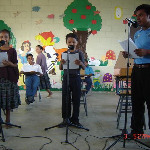 Entre Dos Caminos Radionovela