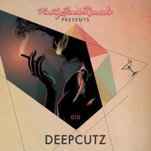 Cromine-Look Around (NF010)DeepCutz