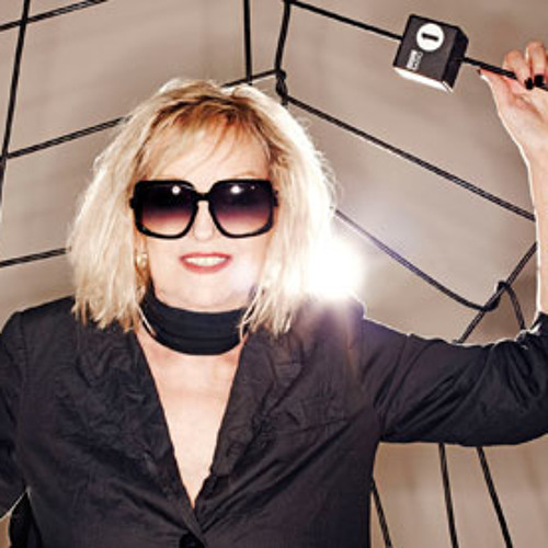 BBC RADIO 1 GUEST MIX FOR ANNIE NIGHTINGALE SHOW