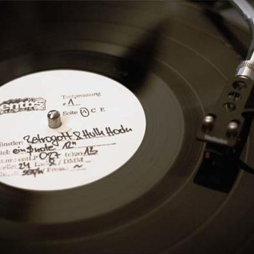 Retrogott & Hulk Hodn - dreckamset (FloFilz Remix)