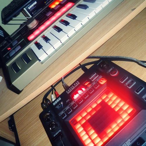 Primera creación (Practicando) Beatbox + Kp3 + Teclado Sintetizador! - Johm GimeneZ