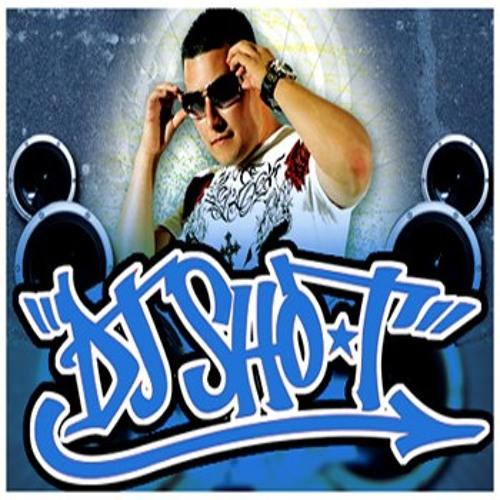 DJ SHO-T - SCRATCHING THEM DECKS (MINI ROUTINE)