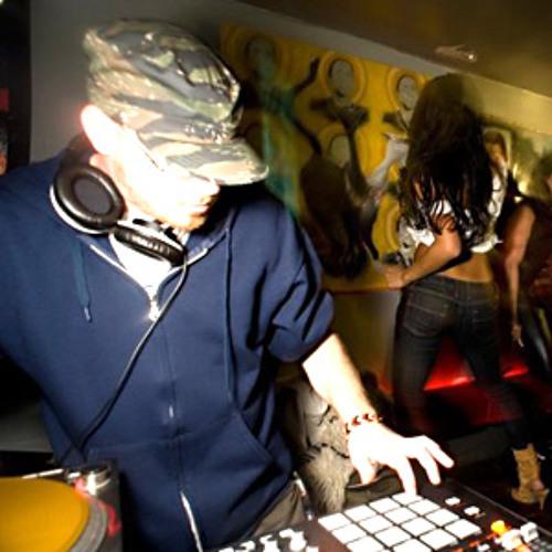Lusotronics | DJ Comrade