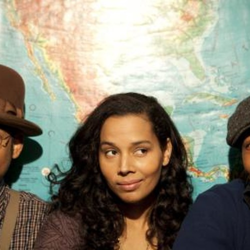 Biscuit Chat: Rhiannon Giddens
