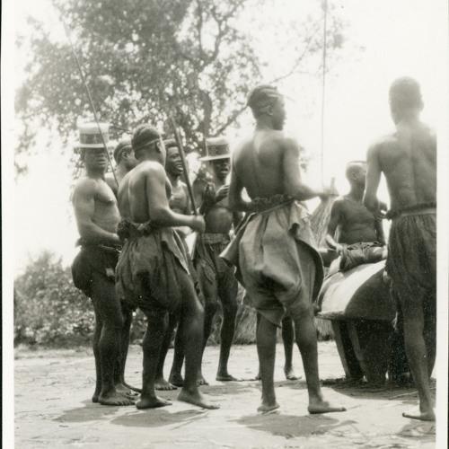 Zande dance song (1928-30) [2012 23 67]