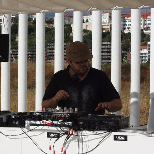 Soulful Chic Monthly Mixes - Pedro Ramos Fev 13