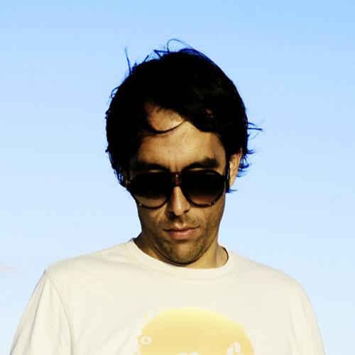 Robbie Akbal: DJ Mag Mix