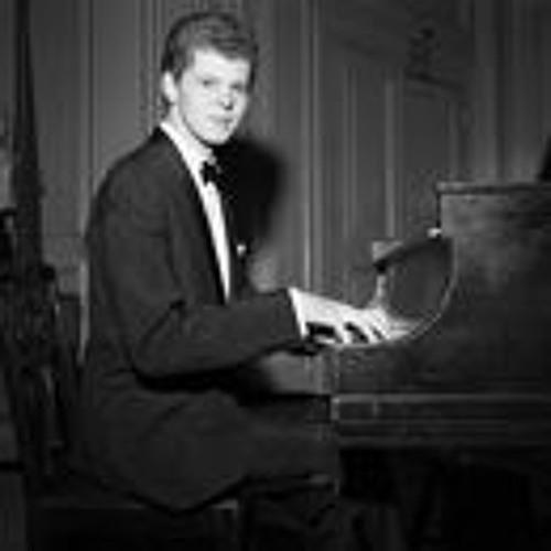 Cold War Musical Envoy and Piano Legend Van Cliburn Dies at 78