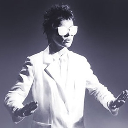 Laurie Anderson - O Superman (Sonic Fear Remix) by Sonic