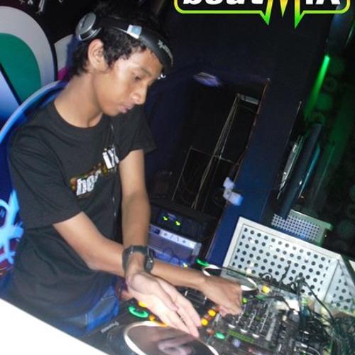 Turn Up The Love (DJ Ricky Remix)