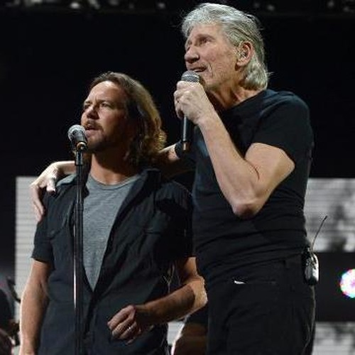 """Comfortably Numb"" - Roger Waters & Eddie Vedder"