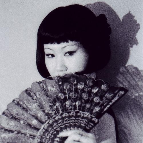 Ue O Muite Aruko(Sukiyaki)- JF Whitney & Lady Kamikaze