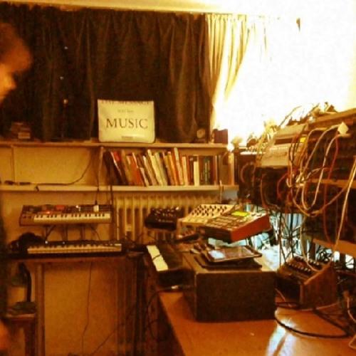Darshonaut - Straight Through The Abyss (Ambient Vocoder Pop, Live Jam)