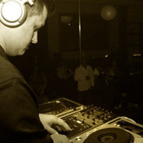 DJ Jorge Ojeda - Say It Right (Remix) - Nelly Furtado