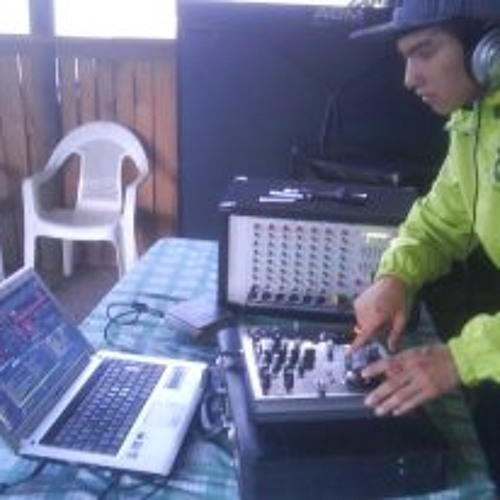 Mix De Reggaeton Pasa A Electro Pop ( Prod.By Dj Barra Mix ft Dj Rasta 2013 )