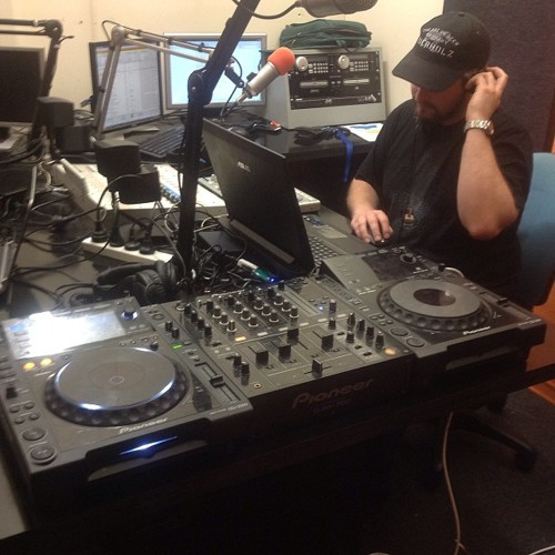 Live Mix For UCFM 1/3/13