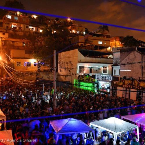MONTAGEM-ORGIA DO PISTÃO (DJ RUCINHO BAILE DO PISTAO)