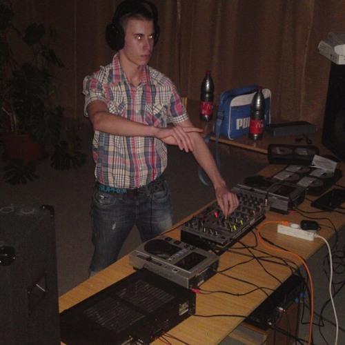 DJ Deniel Coronita 2013